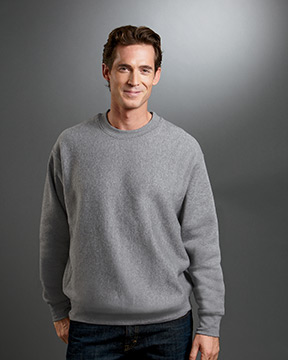 Model wearing Weatherproof Cross Weave Crew